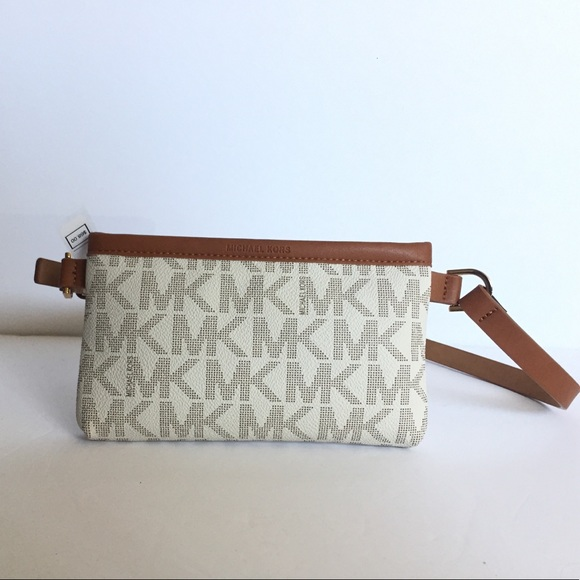 d255ff29b42829 Michael Kors Bags | Mk Signature Fanny Wallet Belt Bag M | Poshmark